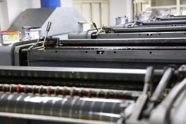 化粧箱の印刷・加工の進行