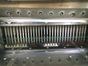 トレーなどの製作に関しては断裁機を使うこともあります