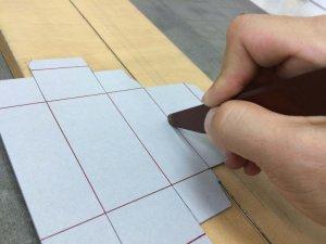 方法4 罫の部分に折り罫を入れる